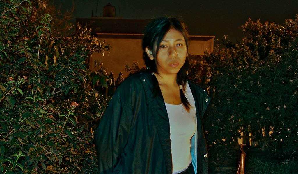"Dafne Castañeda estrena su EP ""Posguerra"" - Blog Joinnus"